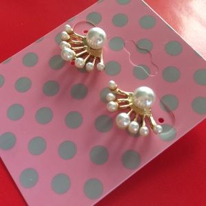 White Pearl Ear Jackets in Gold.